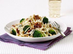 Pasta mit Gorgonzola, Brokkoli und Bacon Rezept