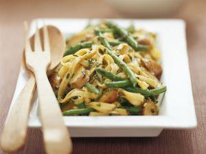 Pasta mit Kipflerkartoffeln und Bohnen Rezept