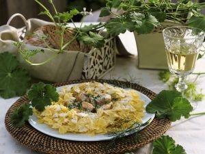 Pasta mit Lachs-Sahnesoße Rezept