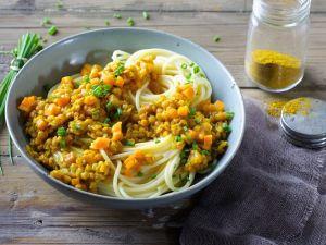 Pasta mit Linsen-Möhren-Soße Rezept