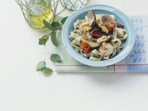 Pasta mit Meeresfrüchten und Minze Rezept