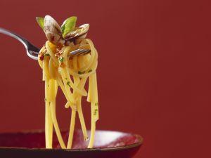 Pasta mit Muschelsoße Rezept