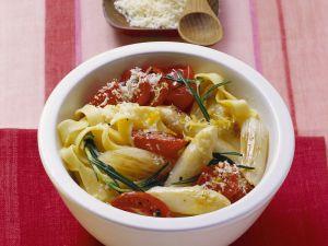 Pasta mit Spargel und Tomaten Rezept