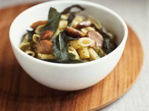 Pasta mit Steinpilzen und Salbei Rezept