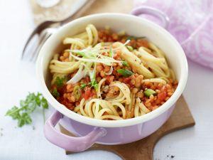 Pasta mit Tomaten-Linsensauce Rezept