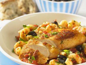 Pasta puttanesca mit Hähnchenbrust Rezept
