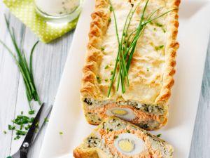 Pastete mit Lachs, Reis und Eiern Rezept
