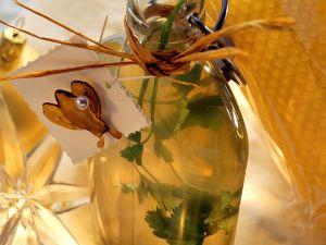 Petersilien-Honig-Weinessig Rezept