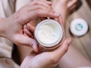 Periorale Dermatitis erkennen und behandeln