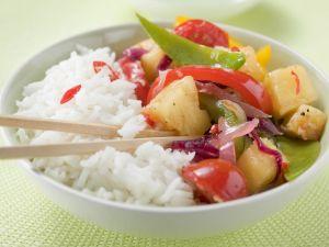 Pfannengemüse mit Ananas dazu Reis Rezept