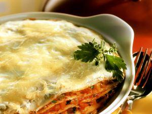 Pfannkuchen-Lasagne überbacken mit Käse Rezept