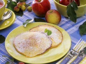 Pfannkuchen mit Apfel Rezept