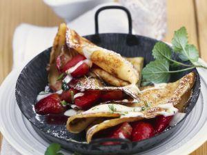 Pfannkuchen mit Erdbeeren und Mascarponesoße Rezept