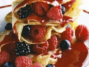 Pfannkuchen mit frischen Beeren Rezept