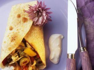 Pfannkuchen mit mediterraner Füllung Rezept