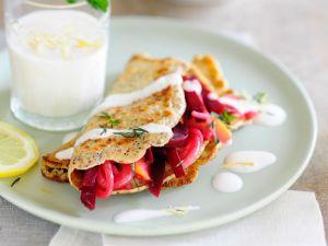 Pfannkuchen mit Rote-Bete-Füllung Rezept
