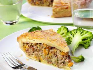 Pie mit Lammhackfleisch gefüllt Rezept
