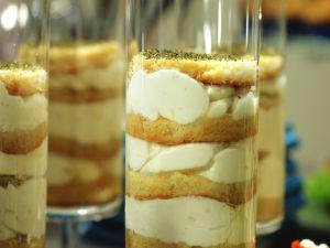 Pikante Schicht-Quark-Creme Rezept