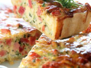 Pikanter Gemüse-Schinken-Kuchen Rezept