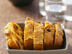 Pikanter Kuchen mit Wurst Rezept