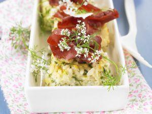 Pikanter Reisauflauf mit Zucchini Rezept
