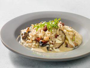 Pilz-Risotto mit Brunnenkresse-Salat Rezept