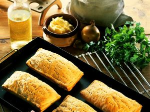Piroggen mit Sauerkrautfüllung Rezept