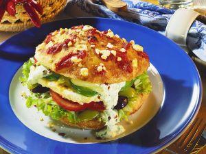 Pitabrot mit griechischer Salatfüllung Rezept