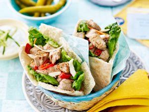 Pitatasche mit Kalbsfleisch und Salat Rezept