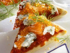 Pizza mit Räucherlachs Rezept