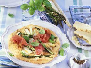 Pizza mit Spargel und Parmaschinken Rezept