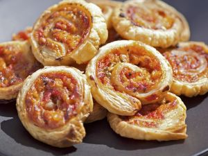 Pizza-Schnecken mit Gemüse Rezept