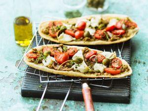 Pizzazungen mit Sardellen und Kapernäpfeln Rezept