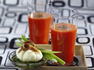 Pochiertes Ei mit Tomatendrink Rezept