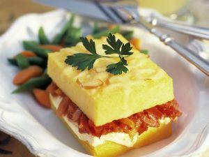Polenta-Sandwich mit Gemüse und Ricotta Rezept