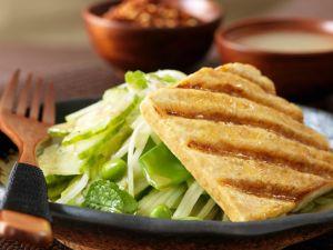 Polentaschnitte mit Salat Rezept