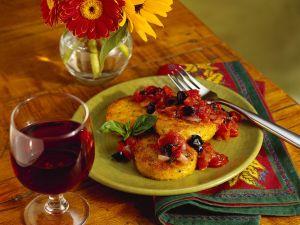 Polentataler mit Tomatensauce Rezept