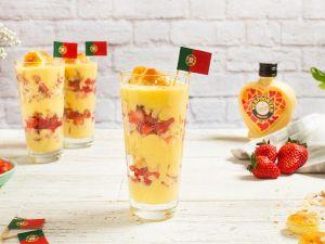 Portugal Länder-Dessert mit frischen Erdbeeren Rezept