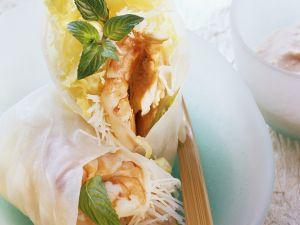 Putenröllchen im Reispapier mit Garnele Rezept
