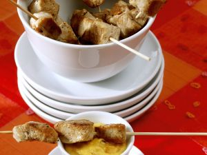 Putenspieße mit Mangodip Rezept