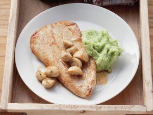 Putensteak mit Bärlauch-Kartoffel-Püree Rezept