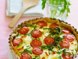 Quiche mit Tomaten, Käse und Rucola Rezept