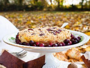 Qurk-Nusstorte mit Cranberries Rezept