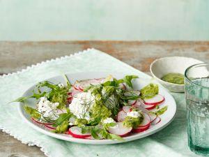 Radieschensalat mit Hüttenkäse Rezept