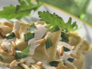 Ravioli mit Käsesoße Rezept