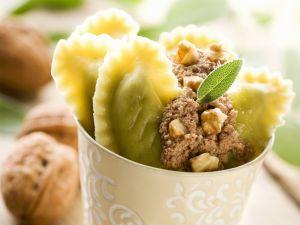 Ravioli mit Walnusscreme gefüllt Rezept