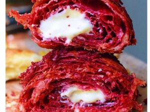 Red Velvet Croissant: New York sieht rot