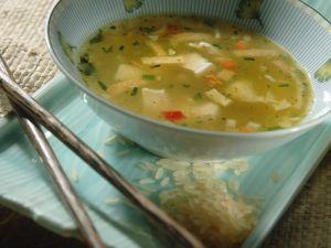 Reis-Gemüsesuppe mit Tofu Rezept