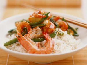 Reis mit Garnelen und Gemüse Rezept