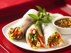 Reispapier-Röllchen mit Gemüse Rezept